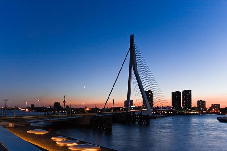 Vol aller-retour: Montréal - Rotterdam pour $876! #yulair #voyage #avion