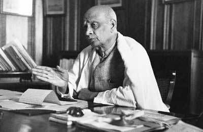Freedom fighters of India. Importance of Sardar Vallabhbhai Patel in the freedom struggle has not faded away. 'The Iron Man Of India' has rendered a great national service by associating himself with independance.