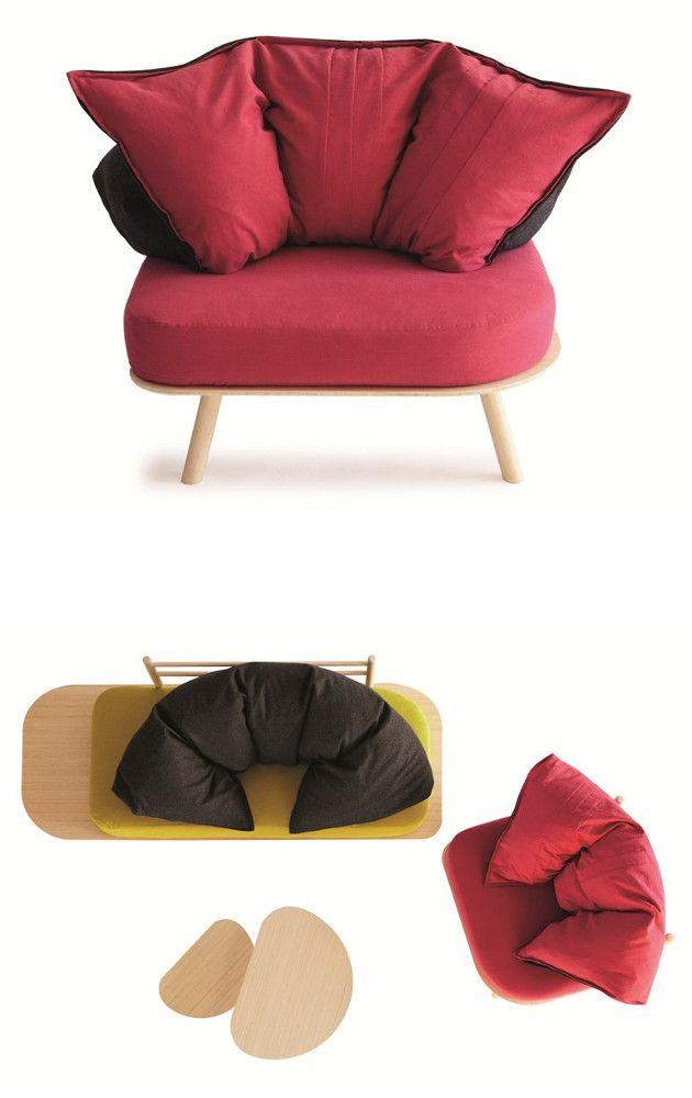 #Comfy #armchair With #pillows // #Gemütlicher #Sessel Mit #Kissen