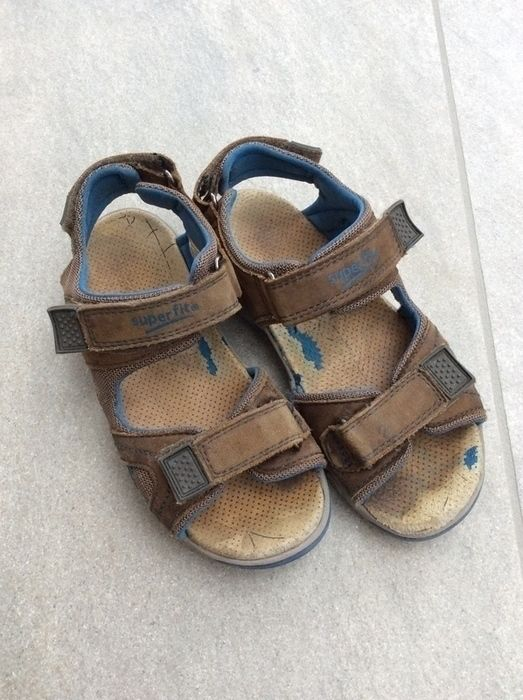 Mein Tolle Superfit Sandalen für Jungs braun-blau / Gr. 33 / prima Zustand von Superfit! Größe 33 für 20,00 €. Schau´s dir an: http://www.mamikreisel.de/kleidung-fur-jungs/sandalen/35132405-tolle-superfit-sandalen-fur-jungs-braun-blau-gr-33-prima-zustand.