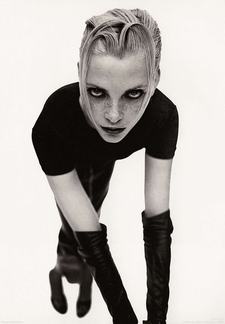 Nadja Auermann photographed by Mario Sorrenti.