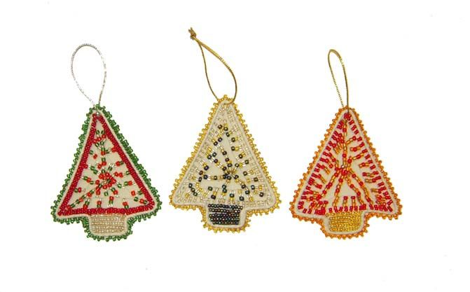 Beaded trees siyakatala south african craft christmas for African christmas decoration