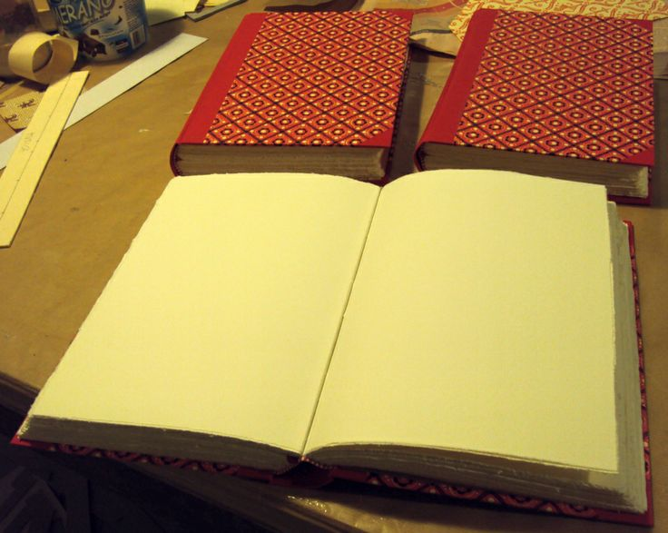 handmade book, 25x17,5cm, 96 pages handmade cotton paper 300gr/mq @Fabricharte