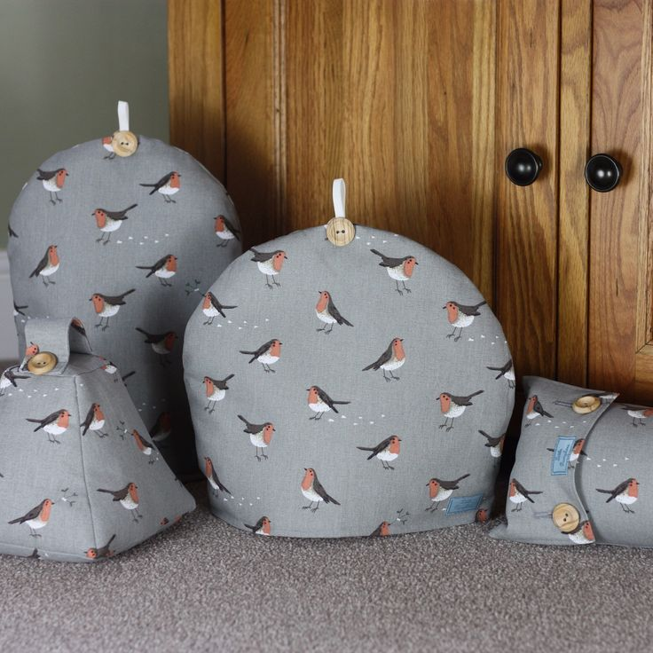 Brand new Christmas Sophie Allport Robin & Mistletoe range now available.