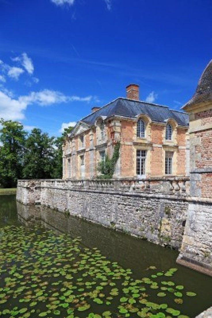 Dallas texas french chateau home photograph 4540 - Old French Mansion The Canal Is Lovely