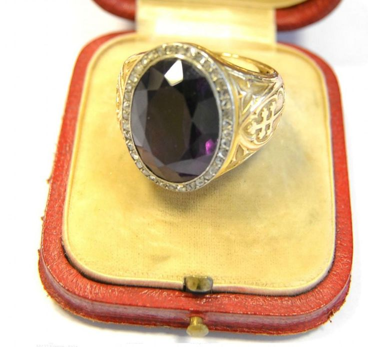 Antique 18kt Gold Amethyst Diamond Bishop Ring Signet