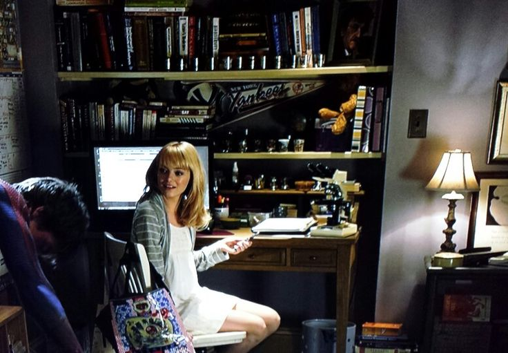 Gwen Stacy S Bedroom Study In The Amazing Spider Man