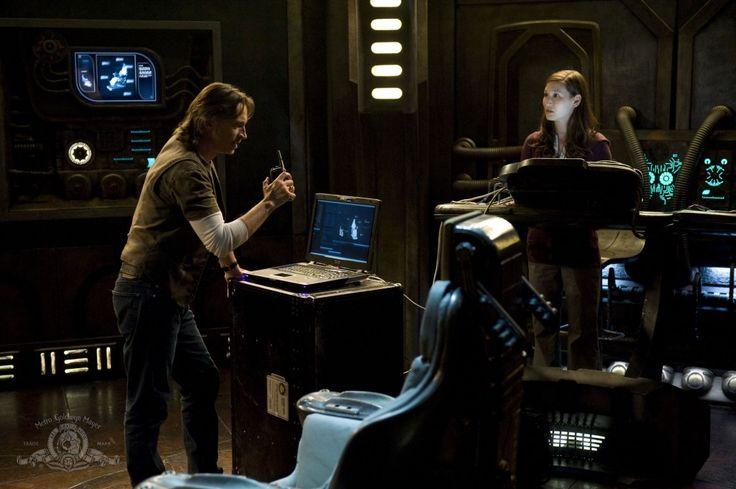 THE BEST EVIL MAN IN SCI-FI - Robert Carlyle!  Stargate Universe S01E10 Justice