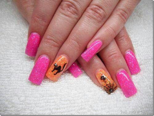 Nette Weise, Halloween-Nägel zu haben UND Brustkrebs-Bewusstseins-Monat zu stützen !!   – nail designs