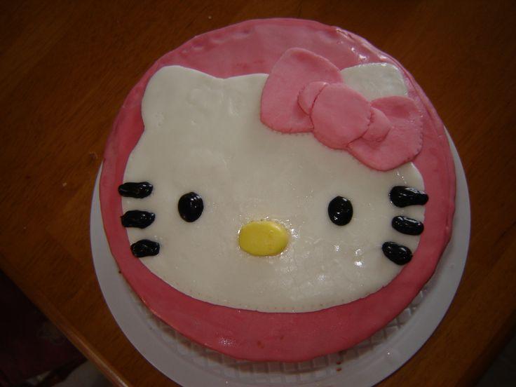 Annabel's Hello Kitty Birthday Cake 2013.