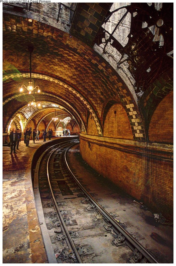 At the south end of Centre Street, directly under New York City Hall, is the City Hall Loop and its abandoned station, which was the southern terminus of the original IRT subway line. Closed since 1945. RePinned by : www.powercouplelife.com
