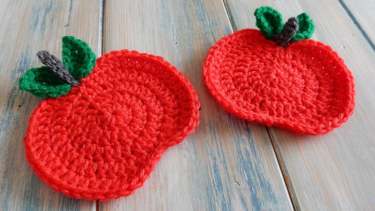How to Crochet an Apple Coaster