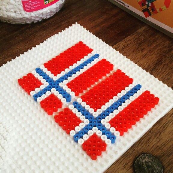 Norwegian flag 17 mai may hama beads perler fuse