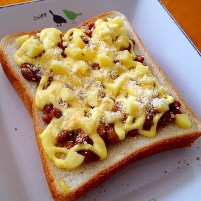 朝食に初めて納豆トースト焼いて見た! 美味しい♪ - 53件のもぐもぐ - 納豆マヨチーズトースト by fighterscurry
