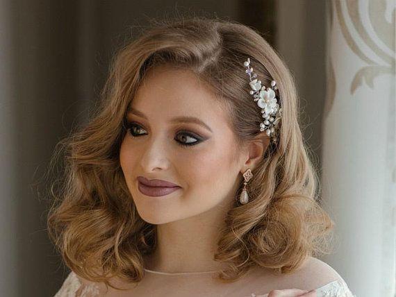 White flower bridal hair comb, pearl bridal hair piece, wedding hair accessory