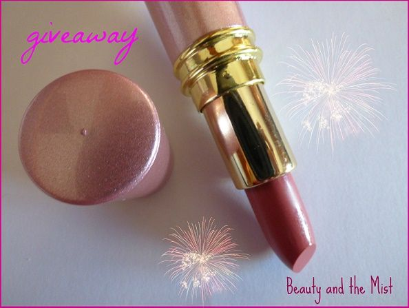 Beauty and the Mist - everything about beauty: Christmas Lips with BornPrettyStore Products and Giveaway