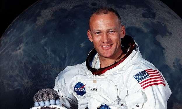 Buzz Aldrin: Life in pics
