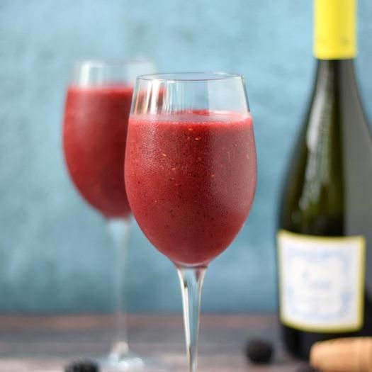 Fit In Hub - 5 cocktail a base di vino da bere tutta l'estate