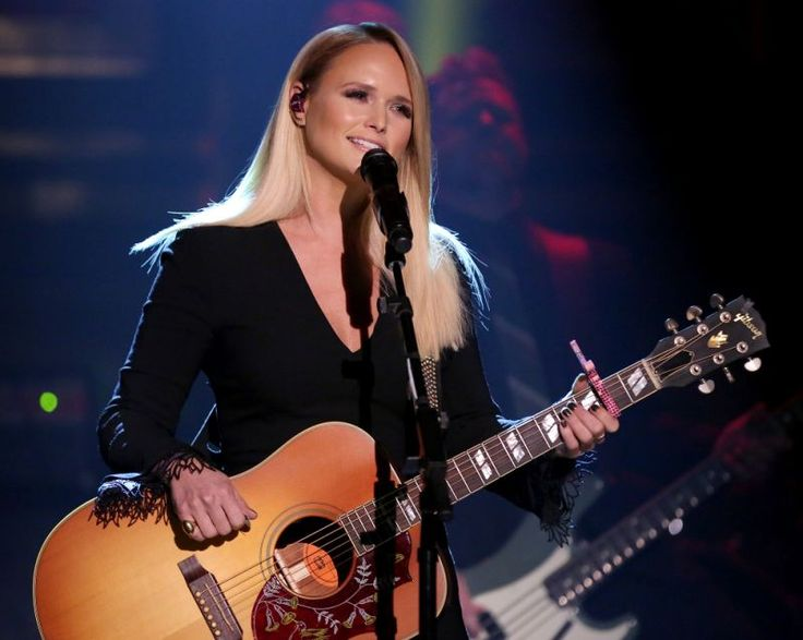 It's been over a year since Miranda Lambert and Blake Shelton's shocking split, but the country queen's only now getting a little candid about her marriage's end. While performing a special show at Joe's Bar in Chicago last Tuesday – before embarking on her Highway Vagabound tour – Lambert told the