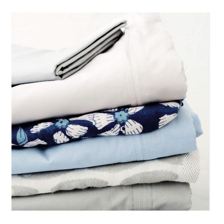 Özel dokuma olarak %100 pamuktan üretilen çarşaf ve pikelerimiz serin yaz günlerinde sizinle.