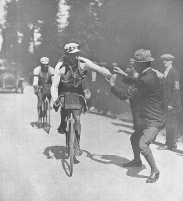 1911 > Contrôle secret. Paul Duboc, vainqueur de la 8e, 9e, 11 et 14e étapes