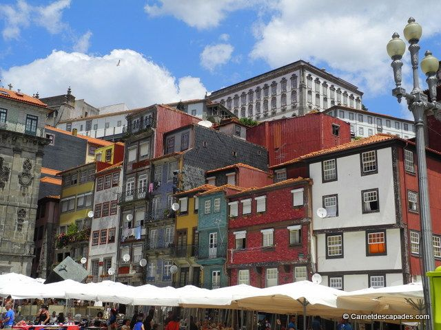 Immeubles colorés de #Ribeira #Porto #Portugal