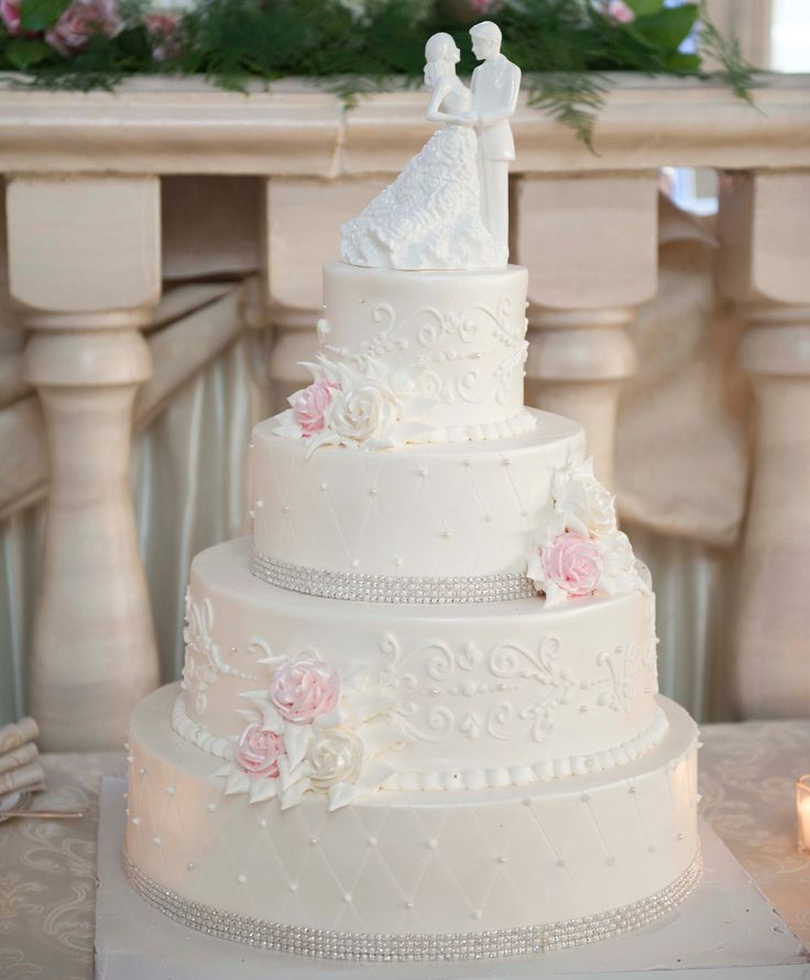 wedding cakes northern new jersey%0A Every layer of this wedding cake has something special to offer  Made with  cream buttercream