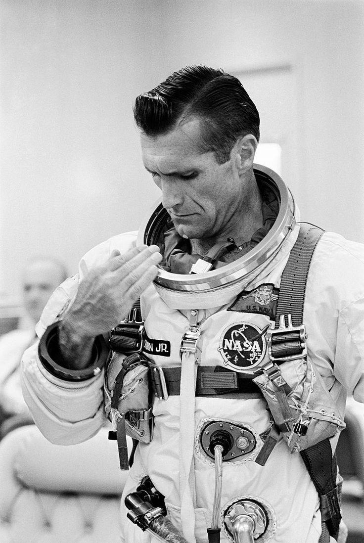 "Rest in peace, Dick Gordon (Gemini 11, Apollo 12) Richard Francis ""Dick"" Gordon Jr. (October 5, 1929 – November 6, 2017)"