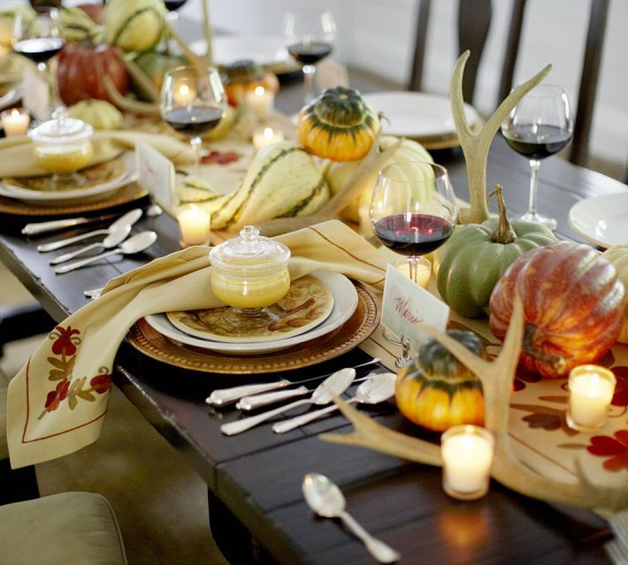 Under The Table and Dreaming 60 Stylish Table Settings for Thanksgiving - Tablescape Ideas and Inspiration Daily Buzz Moms & 61 best thanksgiving table images on Pinterest | Table settings ...