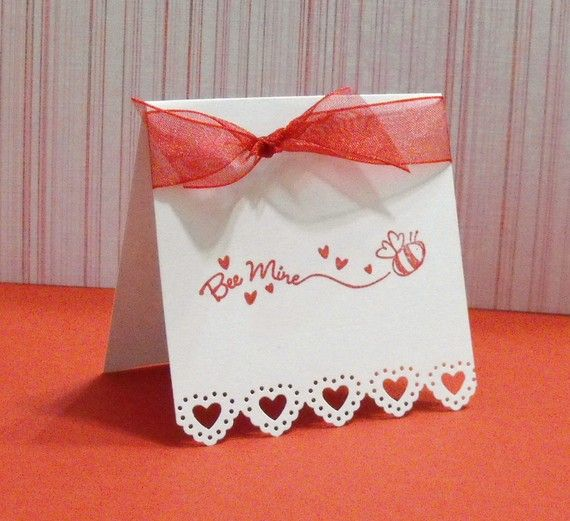 I own this paper punch!  I like this card.  It gives me ideas.  It is simple yet very adorable.  Love it!