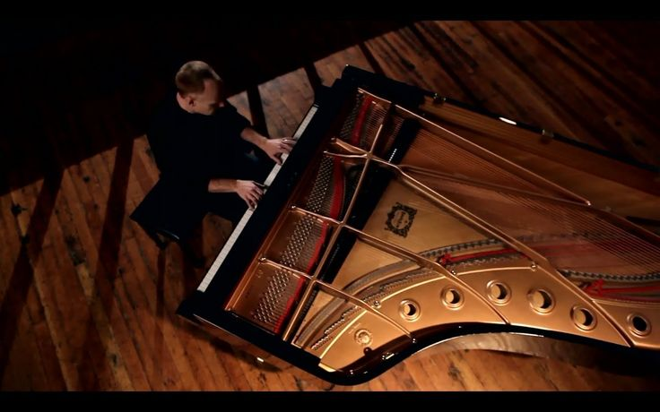 Can't Help Falling in Love (Elvis) - ThePianoGuys This was played at my wedding (piano + violin)