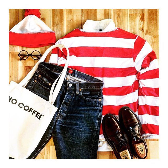 2016/10/31 08:44:26 ref1207 − 今日は会社でハロウィンイベントです なんらか仮装する様に半強制指示がありました − 仕方なく無難にウォリーセットを自腹で購入 サラリーマンらしくちゃんとシャツインしてます − #ハロウィン#コスプレ#ウォリー#ウォリーを探せ #MUJI#無印良品##RESOLUTE#リゾルト#ALDEN#オールデン#置き画 #置き画くら部