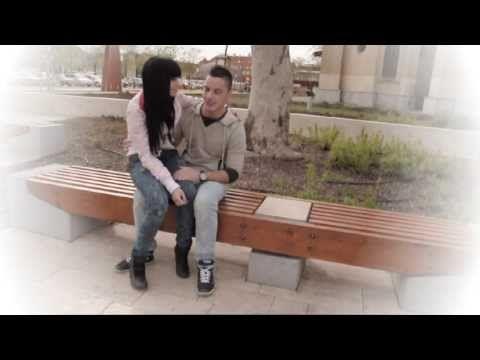 """Angel első szóló videoklipje, mely a mai """"internetfüggő"""" fiataloknak tart görbe tükröt. A klipet a Klikk TV forgatta."""