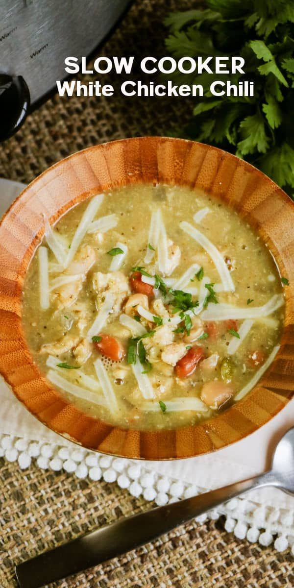 This Slow Cooker White Chicken Chili Recipe Is So Easy And The Resul Crockpot Recipes Slow Cooker Delicious Slow Cooker Recipes White Chicken Chili Slow Cooker