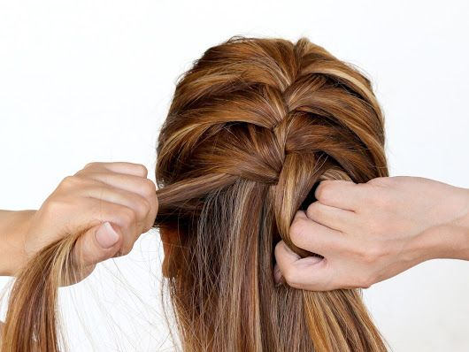 Learn to french braid for dummies