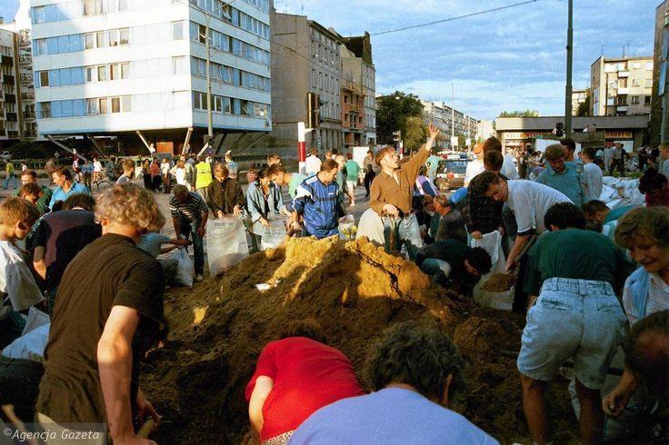 Zdjęcie numer 15 w galerii - Wielka powódź we Wrocławiu. Mija 18 lat [ARCHIWALNE ZDJĘCIA]