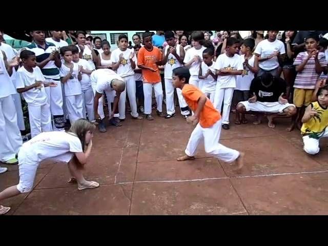 Apresentação CUFA  Capoeira Indianópolis- MG