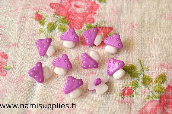 Violet Mushroom Buttons 10 Pcs, Mushroom Shank Buttons, 15mm Buttons, Lila Mushroom Buttons, Craft Buttons, Plastic Buttons,  Violet Buttons