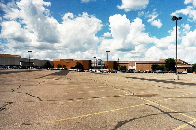 Burnsville Center, Burnsville, MN (by CGK Photography )