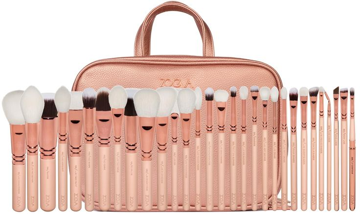 ZOEVA Makeup Artist Bag: made of natural and synthetic hair | exclusive Rose Golden Design | 30 Professional Makeup Brushes + Large Cosmetic Bag to store Brushes and Tools | Order online! #ZOEVA