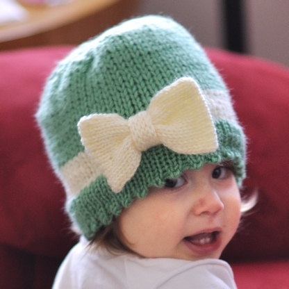 Toddler hat with big bow... an etsy listing but I could make this myself.