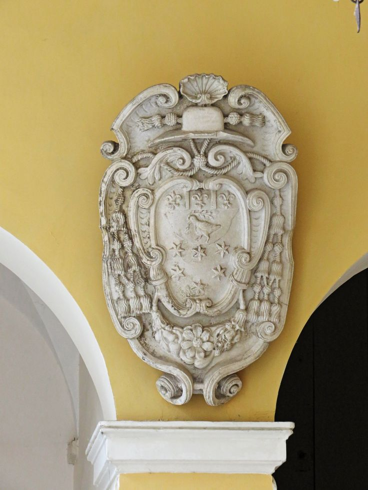 Fermo, Marche, Italy - Palazzo Azzolino, Stemma Cardinalizio - by Gianni Del Bufalo (CC BY-NC-SA 2.0)इटली  意大利 Italujo イタリア Италия איטאליע إيطاليا