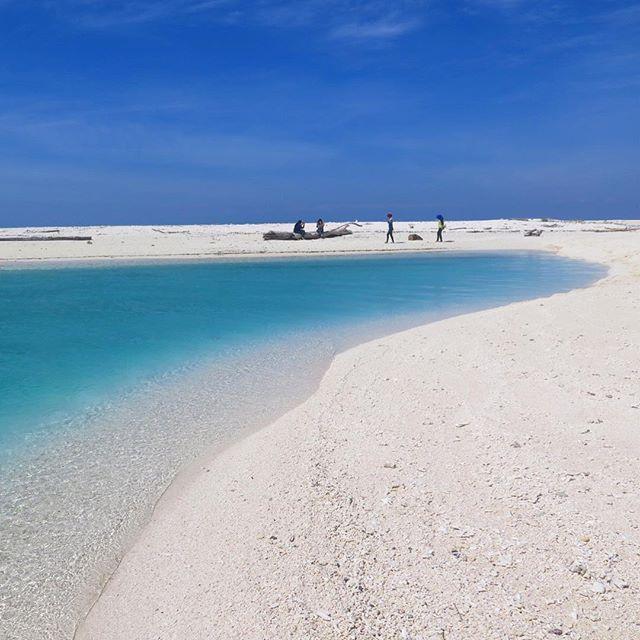 Lanjukkang Island, South Sulawesi #kodingarengkeke #makassar #visit_sulsel…