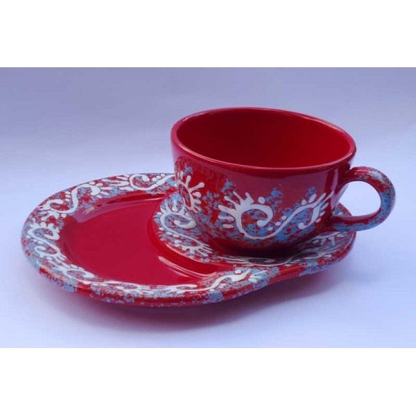 Ceramica Artistica  Tazza da latte con piatto portabiscotti in ceramica decorata a mano, realizzata a Cava de' Tirreni  Tazza: diametro cm 13 - Altezza cm 8. Piatto cm 25 x 20  Maggiori info su: http://www.keramos.it  Per contatti diretti: info@keramos.it    Ceramic Art  Milk cup with cookies plate in hand-decorated ceramics. Made in Cava de' Tirreni  Cup: diameter 13 cm - Height 8 cm. Saucer 25 x 20 cm.  More info on: http://www.keramos.it  Direct contact: info@keramos.it