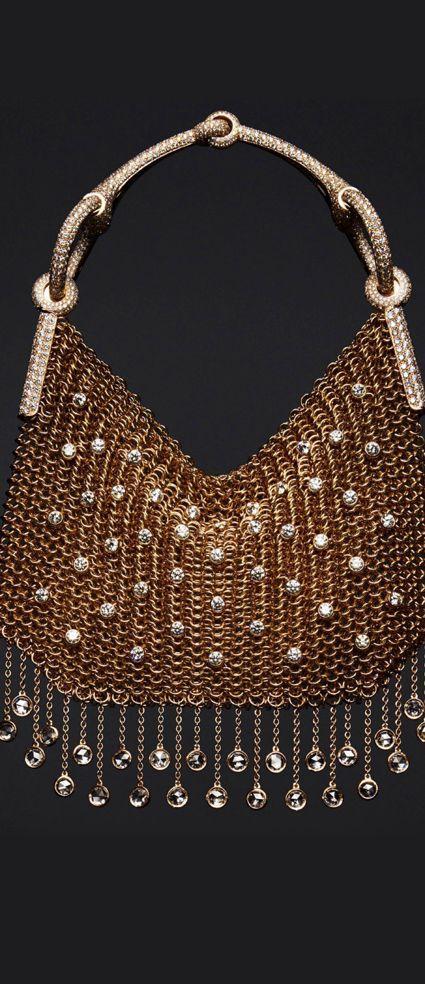 Herms Nausicaa sac-bijou in rose gold, with 1,811 diamonds at 28.87ct.