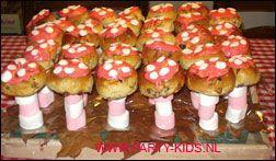 Paddestoelen Herfst - Traktatie snoep, Traktaties - En nog veel meer traktaties, spelletjes, uitnodigingen en versieringen voor je verjaardag of kinderfeest op Party-Kids.nl