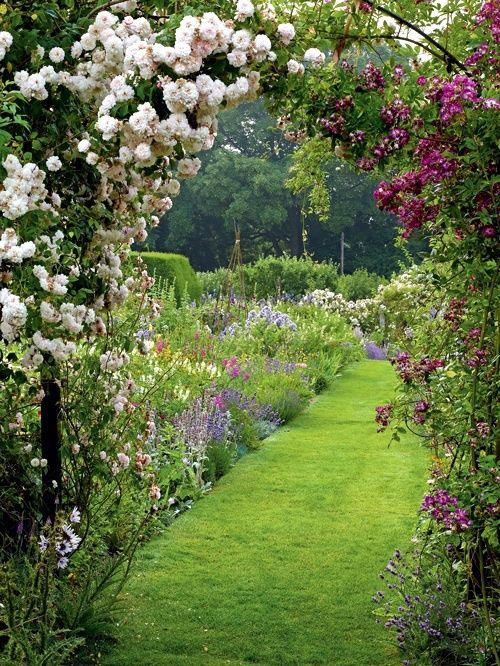 25 Best Ideas About English Country Gardens On Pinterest