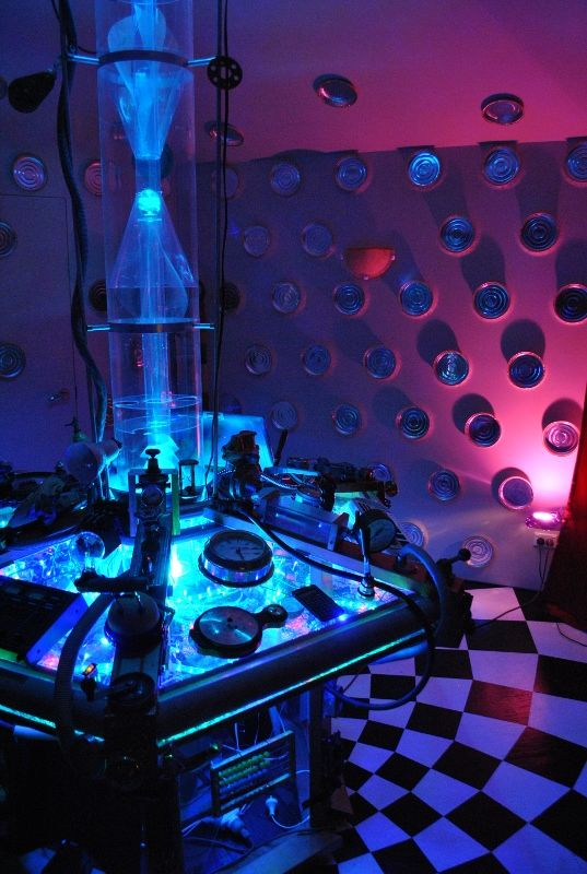 my tardis console room using a different lighting variation by jayman white - Dr Who Bedroom Ideas