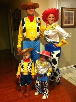 family halloween costume ideas with a baby - Baby And Family Halloween Costumes
