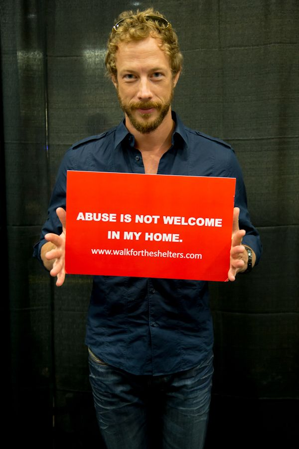 A hottie with a social conscience! Be still my heart! kris holden-ried | Kris Holden-Ried - Lost Girl Photo (32094387) - Fanpop fanclubs